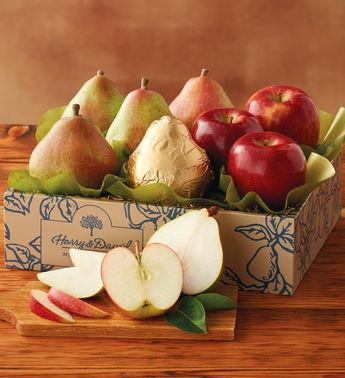 Груши и яблоки в коробке